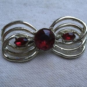 vintage Loop Bow Pin brooch with faceted red sets